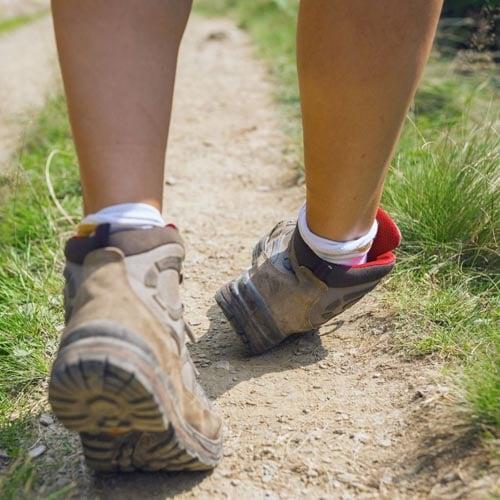 ข้อเท้าพลิกบ่อย
