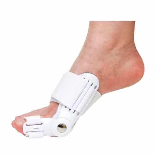 นิ้วโป้งเท้าเอียงที่ดัด